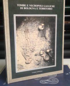 Libro rilegato con brossura Bindocopy Parma copisteria legatoria cartoleria
